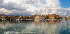 Chania_24_29112016-1039 (john houv) Tags: chania crete mediterranean oldharbour oldharbor lighthouse reflection