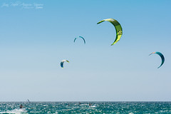 Kitesurfing (Juan P. Aparicio) Tags: ocean sea espaa kite beach water mar agua surf afternoon wind playa viento atlantic watersports tarde atlntico tarifa ocano loslances kitesufing deportesacuticos colourscoolores