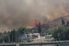 Retardant Drop - 4 (benagain_photos) Tags: washington butte wa fires chelan wildfires reachfire chelancomplex