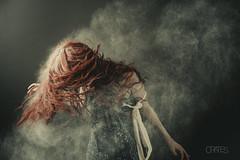 Reset (PetterZenrod) Tags: red texture textura beauty hair rojo dramatic sigma redhead bella dust flour pelirroja 30mm harina
