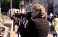 if you wish to take a good picture, do not worry about your nose (JarHTC) Tags: street photographer professional fujifilm shooting yashica manualfocus 135mm xe2 ml135mm