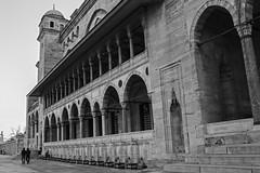 Suleymaniye Mosque (kaizerdar) Tags: blackandwhite building monochrome lines architecture perspective istanbul mosque cami süleymaniye suleymaniyemosque süleymaniyecami
