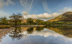 Buttermere Reflections (Steven Peachey) Tags: autumn trees sky lake water clouds reflections landscape photography ngc cumbria buttermere thelakedistrict ef1740mmf4l thenationaltrust lee09gnd leefilters canon6d hawkdog