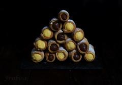 Caas rellenas de crema (Frabisa) Tags: postre stuffing dessert beads sweet chocolate cream canes vanilla crema dulce relleno caas vainilla canutillos
