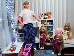 The St. Nicholas Day (BFashions) Tags: boyfriend stacie chelsea dolls barbie shelly kelly diorama dianas