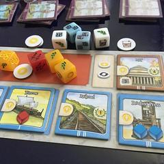 Nations The Dice Game - เวอร์ชั่นสั้น (30-40 นาทีจบ) ของ Nations บอร์ดเกมในดวงใจอีกเกม ย่อยกลไกหลักๆ ของเกมหลักมาครบ ตั้งแต่ทรัพยากรหลายแบบ สิ่งมหัศจรรย์ของโลก ที่ปรึกษา อาณานิคม การสั่งสมวัฒนธรรม ทุพพิกขภัย และสงคราม ทอยเต๋าเอาทรัพยากร ดวงจึงมีส่วนแต่บริ