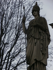 Athenea (David del Rey78) Tags: art arte sculpture escultura relieve relief outdoor exterior artist travel viaje viajar destinations paris parisienne goddess diosa atenea athena warrior guerrera winter branches france greek mythology