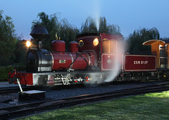 2016-10-15-7212 - Statfold Junction - Night Shot - Fiji - HC972 of 1912 (fotobola) Tags: statfold nighttime statfoldbarn statfoldbarnrailway hudswellclarke narrowgauge 2footgauge