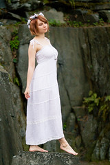 Nette / Summer #3 (Tulitomaatti) Tags: nette stepping dress barefeet