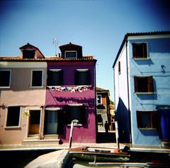 Venice (Etienne Despois) Tags: holga xpro italy travel travelplanet burano