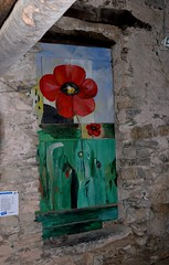 Valloria (106) (Pier Romano) Tags: valloria porte porta dipinta dipinte door doors painted imperia liguria italia italy nikon d5100 paese town dolcedo artisti pittori
