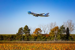 Air Force One (Notkalvin) Tags: airforceone af1 potus president us usa america notkalvin plane airport detroit pumpkins fall autumn mikekline notkalvinphotography takeoff departure government election elections presidential usgovernment