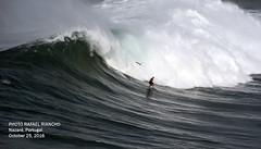 77790N0 (Rafael Gonzlez de Riancho (Lunada) / Rafa Rianch) Tags: nazar olas waves ondas water surf surfing portugal mar sea deportes sports vagues nazare costa coast playa beach