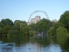 Kensington Gardens & London eye
