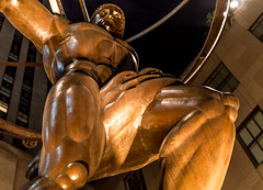 Atlas Close-Up, Rockefeller Center (LJS74) Tags: nyc newyorkcity closeup manhattan rockefellercenter midtown atlas bronzestatue artdeco bronzesculpture