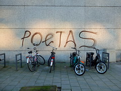 Tag (oerendhard1) Tags: streetart graffiti rotterdam tags ups vandalism throw putas poetas