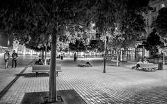 Pause... (Cilcgaillard) Tags: cilcgaillard canon ccilegaillard cecilegaillard nb nuages nuit night aquitaine gironde urbainnuit photoderue street