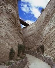 Sand and Rock (sergioguerrero4) Tags: tnelderoca pasodelviento puente viento wind windows tnel