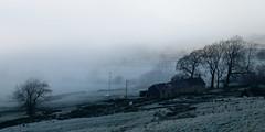 edale farm (Sam Turner) Tags: fog edale peakdistrict derbyshire uk 2016 eos70d farm cold likereallycold thesunneverhitsthisfarmbetweennovemberandjanuary