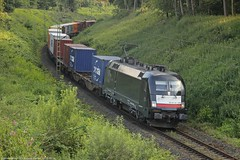 MRCE/BoxXpress 182 569 am 15.07.2016 mit einem Containerzug in Gelsenkirchen-Hassel (Eisenbahner101) Tags: eisenbahner101 mrce dispolok mrcedispolok boxxpress boxxpressde siemens taururs br182 containerzge gterzug freighttrain train deutschland germany nrw hassel gelsenkirchen gelsenkirchenhassel