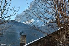 ...Inverno (antosti) Tags: veneto belluno sanvitocadore pelmo tetti neve camino nikon d70s dolomiti dolomia