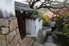 Alley (Teruhide Tomori) Tags: alley onomichi hiroshima japan 日本 広島県 尾道 坂道 路地 house narrowstreet local
