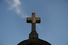 Cross @ Vaugirard Cemetery @ Paris (*_*) Tags: paris france europe city autumn fall 2016 saturday sunny december cimetiere cemetery vaugirard 75015 15 paris15