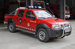 Bombers de Sort (bleulights) Tags: bombers de sort 33091 nissan navara pick up bomberos firefighters rescue feuerwehr vigili del fuoco pompiers suhiltzaileak straz pozarna