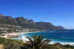 Rock solid (Clifton) (fotoeins) Tags: canon southafrica eos kitlens capetown atlanticocean clifton campsbay 12apostles xsi southatlanticocean eos450d henrylee 450d canonefs1855mmf3556is fotoeins myrtw henrylflee fotoeinscom