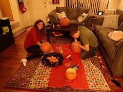 chelsea & jay carving pumpkins!