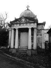 West Norwood Cemetery, Nov 2015 (roger.w800) Tags: sculpture london monument cemetery grave death tomb victorian stonecarving mausoleum burial restingplace cimetiere cimitero victorianengland victorianlondon stonemason westnorwood magnificentseven wnorwood