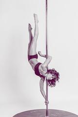 Tania (Danimawii) Tags: upsidedown pole strength hardwork poledancing poledancer bocaabajo acrbata
