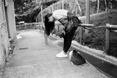 Rollei RPX400_05 (Gerard0804) Tags: leica city blackandwhite film girl rollei cat germany 50mm village f14 homeless hunting kitty filmcamera 135 m6 ver3 catwalk nofilter streetcat filmshooting streetphotographer summiluxm preasph filmphotographer filmisbetter rpx400 filmneverdie filmmcamera