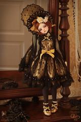 Mirror 4 (Atelier Murinae) Tags: bjd ball jointed doll dim dollinmind ariadoll gold laia