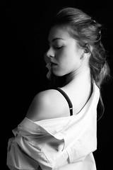 Letizia (luca Bozzolan) Tags: amazing beautifull biancoenero blackandwhite blackandwithe canon donna eyes fashion face fotodilucabozzolan faschion girl glamour hair photobylucabozzolan shootingfotografico intimo ritratto portrait pose
