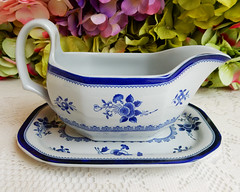 Spode Sauce Gravy Boat and Underplate ~ New Stone ~ Gloucester Y2989 (Donna's Collectables) Tags: spode sauce gravy boat underplate gloucester thanksgiving christmas