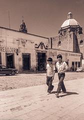 Street2boysMexico84SanMiguelDeAllende (Zzzzt!Zzzzt!) Tags: street streetphotography mexico sanmigueldeallende 1984 boys friends walkers kids