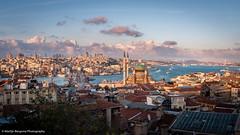 A view on the Bosphorus (Martijn Bergsma) Tags: blauw sunset clouds istanbul turkey cityscape bridge mosque beyoglu sultanahmet galata goldenhorn yeni buyukvalidehan eminonu uskudar bospohorus