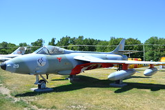 Hawker Hunter (jc nadeau) Tags: rcaf museum aircraft canada canadian air force trenton ontario airport cfb helicopter