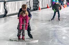 Het schaatsseizoen is weer begonnen (Bart Weerdenburg) Tags: schaatsen ice iceskating skating kids children utrecht overvecht ijsbaan lessons sport