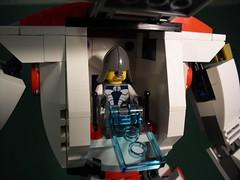 Archanioł - Lesser War Titan (Śląski Hutas) Tags: mech mecha poland polska futuristic bipedal red white biało czerwony kopia chorągiew banner lego bricks