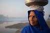 MYI_6359 (yaman ibrahim) Tags: india agra nikon d3 tajmahal yamuna morning water saree mis misty