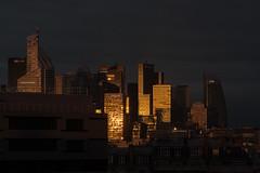 Soleil levant sur La Defense (e_Ag) Tags: ladfense paris luminosit leverdesoleil sunrise