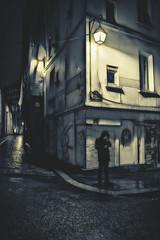 Paris by night (Photo-LB) Tags: nikon sigma35mm sigmaart streetphoto larue street paris france capitale europe lumire ruelle impasse ombre fumeur lefumeur shadows light licht couleurs colors fotostrase foto strase schatten frankreich kapital europa parigi francia fotostrada lepanthon lesdefrance