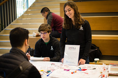 2016 Giving Tuesday (Loyola University Chicago) Tags: adv1640 givingtuesday loyolagives schreibercenter wtc give studentlife cards ryanmcmullin maggiepowers