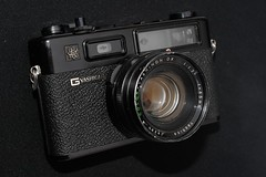 Yashica Electro 35 GT (F4ronnie) Tags: yashicaelectro35gt ronnie sellar nikond700