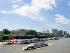 day twelve: eiffel tower (dolanh) Tags: seine france boats bateaumouche paris river tourboats