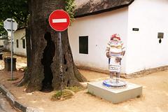 Sudafrika Urlaub mkorr (mniesemann) Tags: africa street city red urban white black color tree art sign photography south contradiction stellenbosch counterpoint 500px ifttt