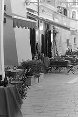 PICT0039 (riccardoboccardi) Tags: piazza ristorante tavoli