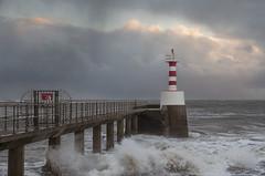 Amble Storm 2 (loftylion9) Tags: storm sunrise gales northumberland bamburgh holyisland lindisfarne stmarys blyth amble stmaryslighthouse dunstanburghcastle embleton coquetisland blythbeach lowhauxley bambirghcastle